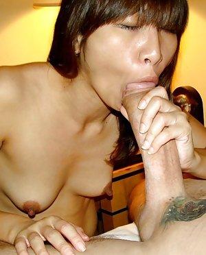 Nude Asian Blowjob
