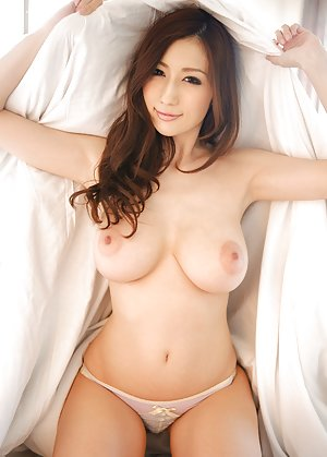 Nude Asian Babes